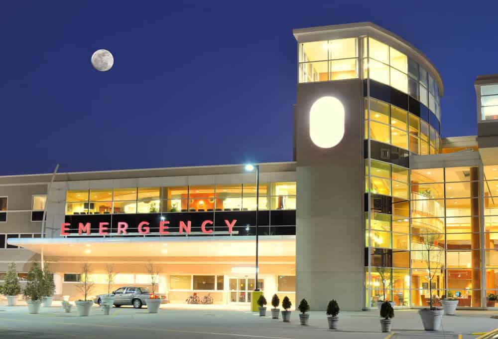 Concept - cardiac arrest at hospital emergency room